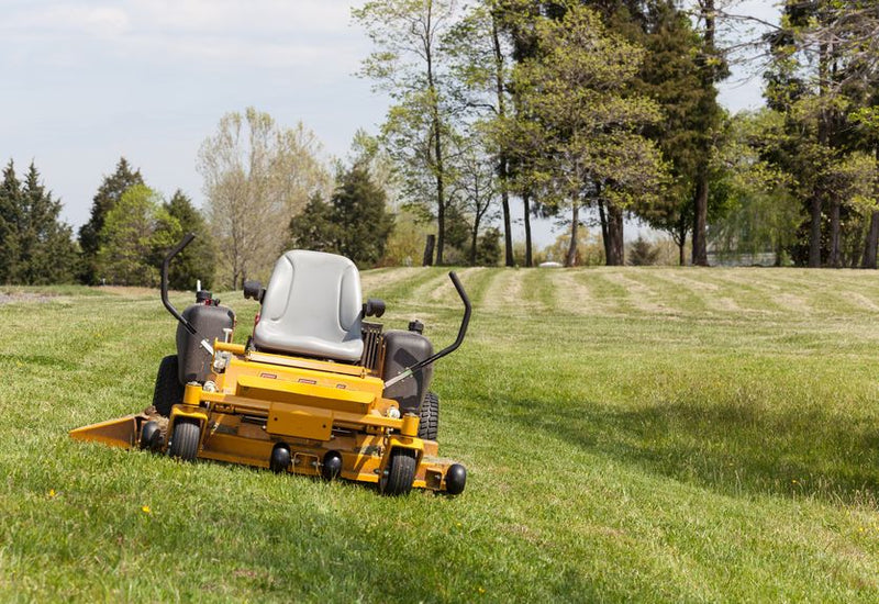 4 Tips for Investing in Quality Landscaping Tools