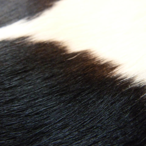 Cowhide Rug Black and White C320
