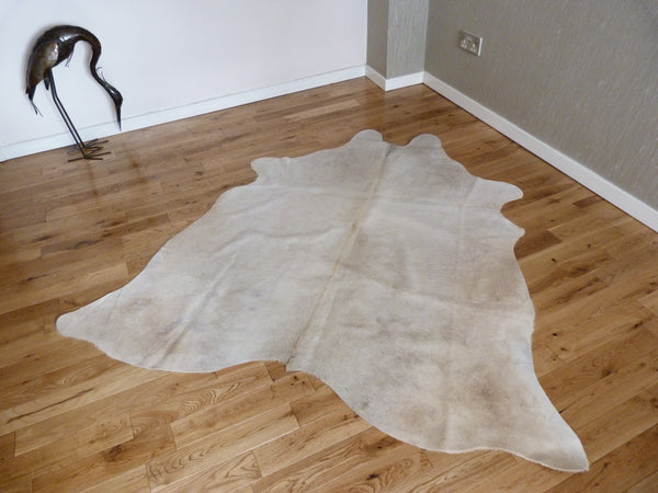 Cowhide Rug Cream C1208