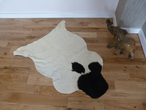 Small Goatskin Rug GS416