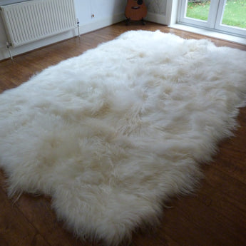 XL Natural Icelandic Sheepskin Rug 12 Skin