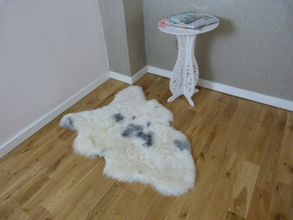 Natural Icelandic Sheepskin Rug Shorn IMX71-SHORN