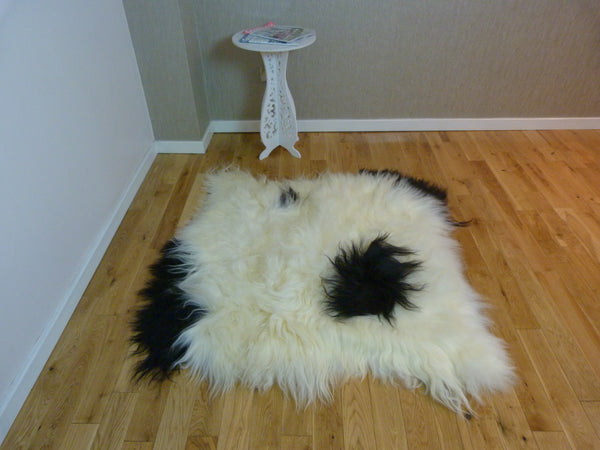 Icelandic Sheepskin Rug 2 Skin IS2S-24