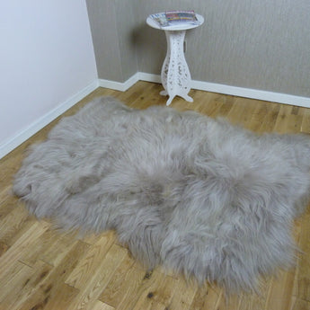 Icelandic Sheepskin Rug in Mink