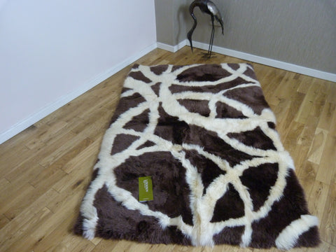 Rectangular Sheepskin Rug Traverse