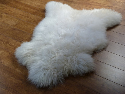 British Sheepskin Rug Natural Single LRG