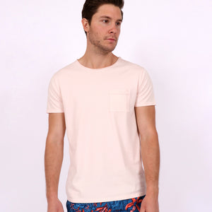 OWTS1804 Washed Coral pink garment dyed beach fit men's organic cotton t-shirt with chest pocket detail on body front view