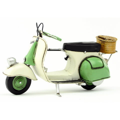 Vespa model Car Italy Vintage Metal Toy Green motorcycle