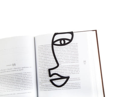 Metal book bookmark // A drawn face // Free shipping worldwide