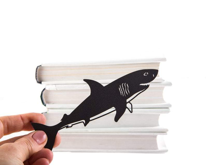 Cute bookmark // Reading shark