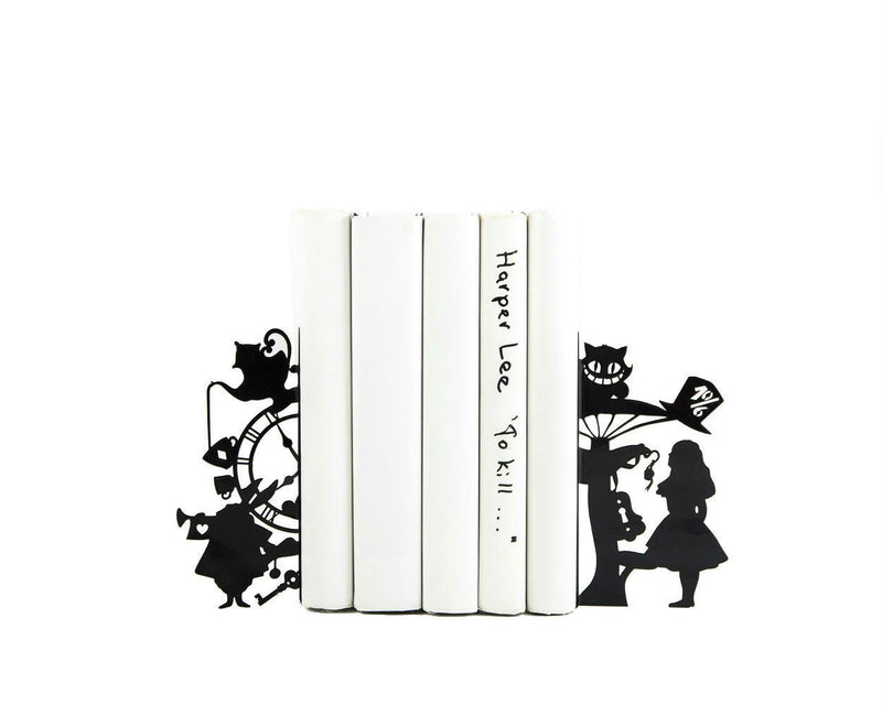 Bookends Alice in Wonderland // Lewis Carroll // Nursery shelf  decor - Design Atelier Article