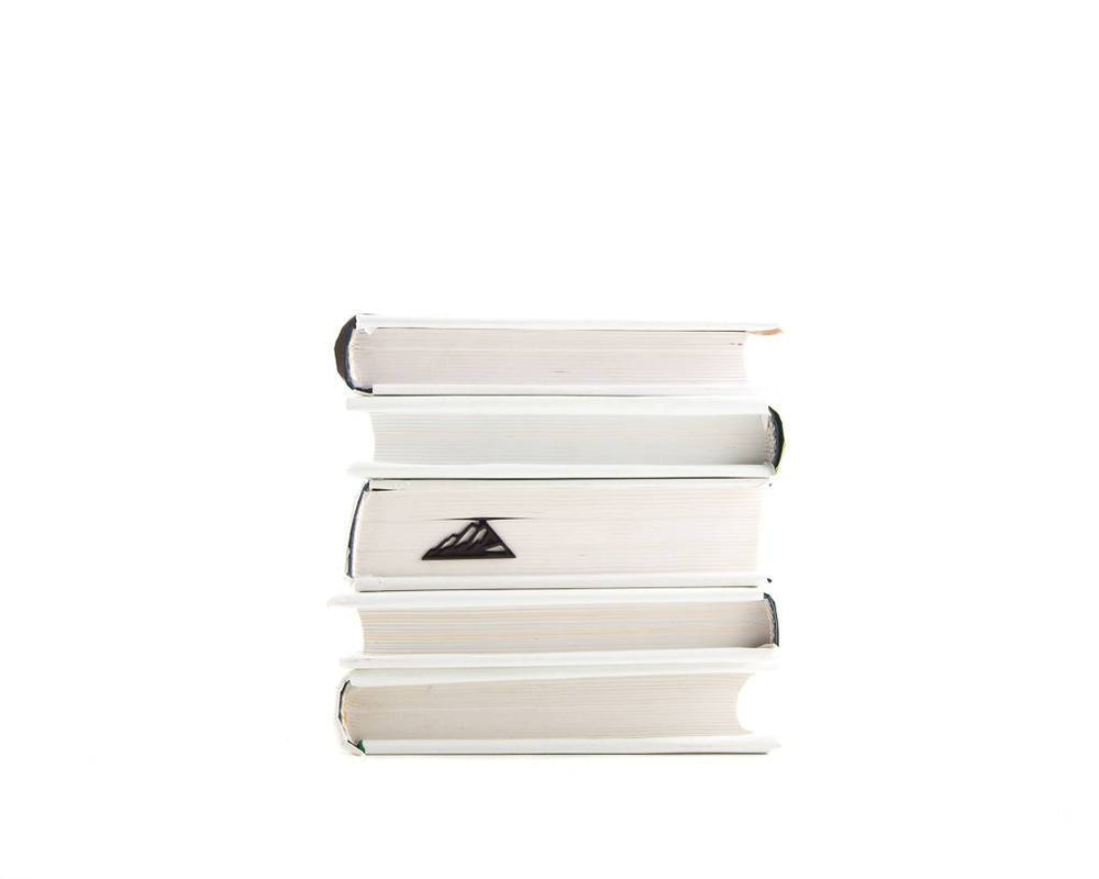 Metal bookmark for books // Mountain climber // mountaineer - Design Atelier Article