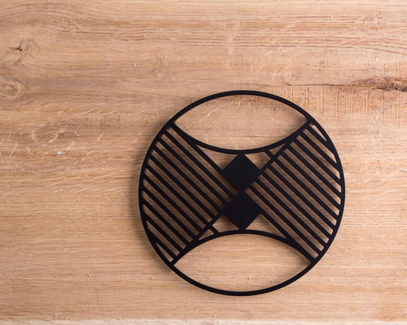 Metal trivet Geometry design Circle //Bauhaus inspired // stylish housewarming gift // Free Shipping Worldwide - Design Atelier Article