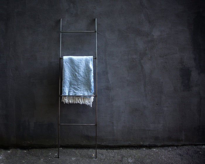Blanket Display Skinny Ladder storage with support by Atelier Article - Design Atelier Article