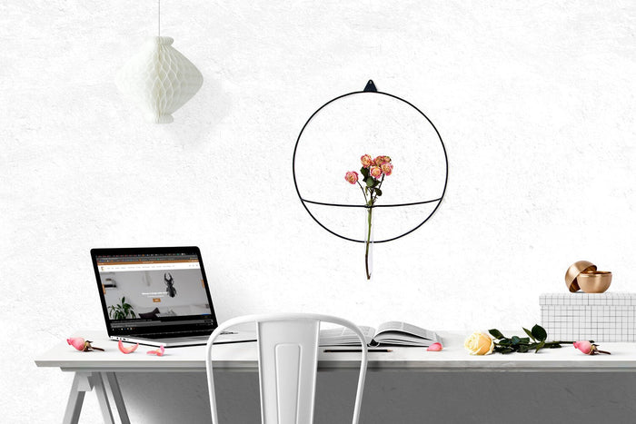 Metal Wall vase scounce // Minimalistic wire based design // Free shipping - Design Atelier Article