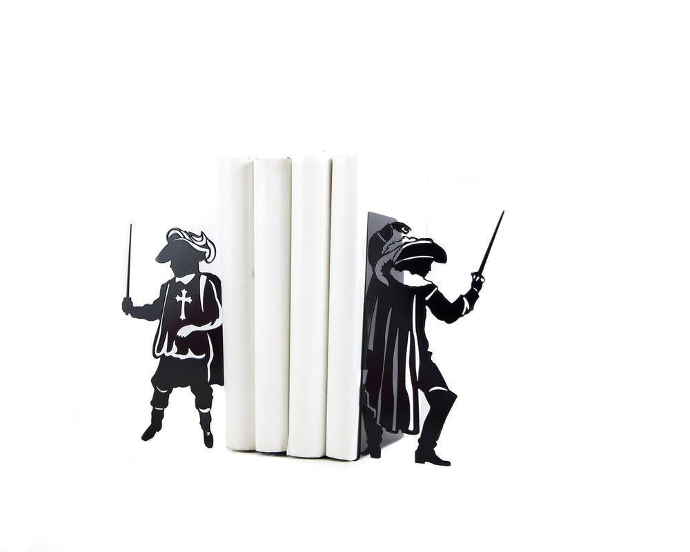 Metal bookends - Musketeers - French history inspired bookends // modern home functional decor // FREE SHIPPING // - Design Atelier Article