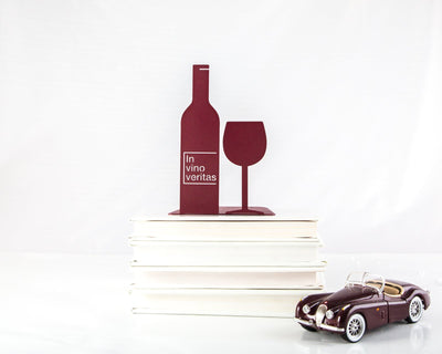 Metal Kitchen bookends // In vino veritas // bar bookends // A man cave must // FREE SHIPPING