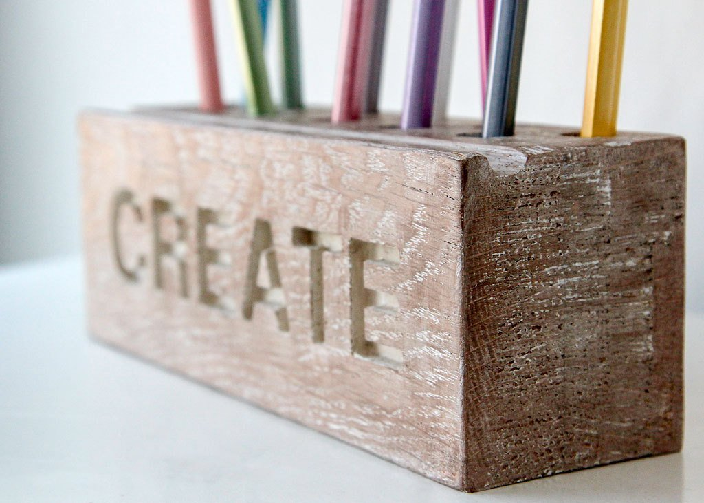 Pencil holder // Desk organizer for pencils, brushes and pens (wide). Create. Simple and stylish shabby looking wooden item