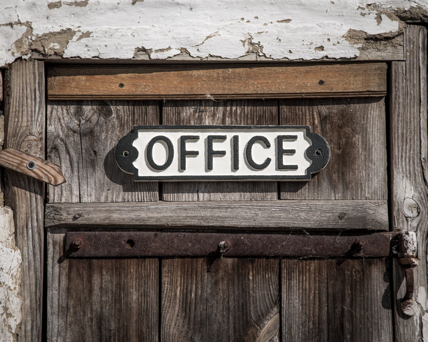 Sign -OFFICE-  wooden retro style sign carved in salvaged wood hand painted // FREE SHIPPING