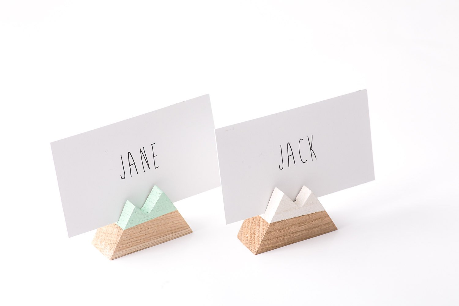 Name Card Holders Mountain shaped Wooden // a set of 30 // Perfect Modern Wedding Reception - Design Atelier Article