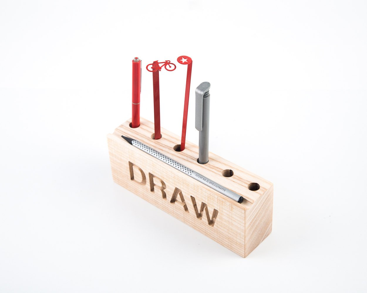 Desk organizer for pencils, brushes and pens DRAW // Simple and stylish looking pencil holder // Perfect gift for an artist // FREE SHIPPING - Design Atelier Article