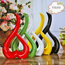 Modern Home Furnishing Living Room / Bedroom Decor Vase Ceramic Heart-shaped Flower Receptacle( Red/Black/White/Green/Yellow)