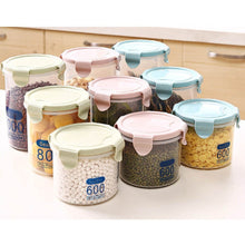 Round Food Containers Plastic Clear Storage Tups with Lids Deli Pots
