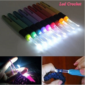 1 Set 2.5MM-6.5MM Led Light Up Crochet Hook Knitting Needles Weave Sewing Tool Accessories