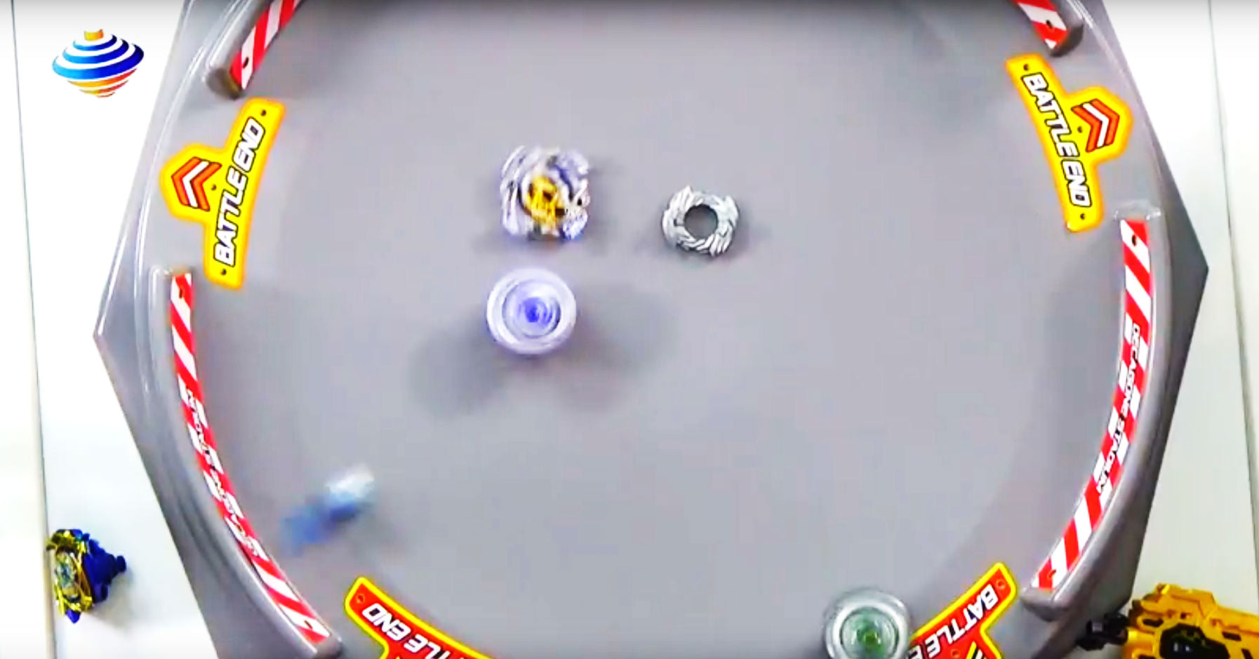 Beyblade Decagone Huge Battle Stadium-slider