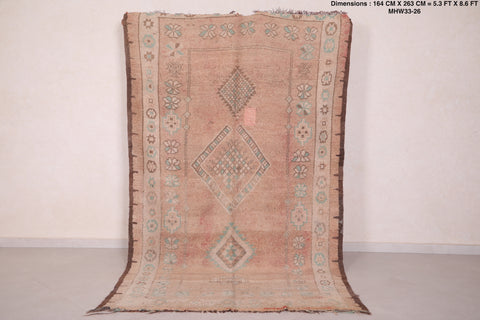 Moroccan rug - 5.3 FT X 8.6 FT