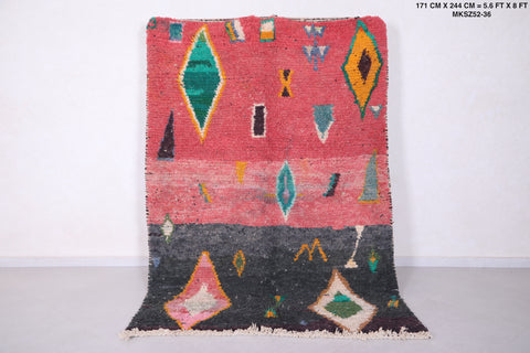 Moroccan rug - 5.6 FT X 8 FT