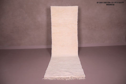 Long Wool moroccan rug, 3.1 FT X 9.9 FT