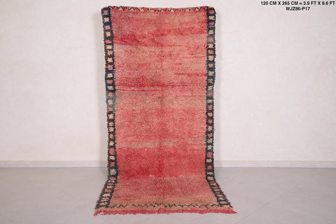 Moroccan rug - 3.9 FT X 8.6 FT