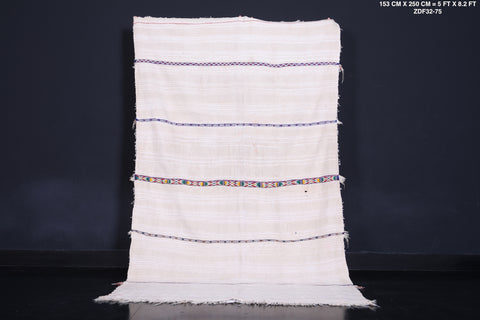 Hand Woven Moroccan rug, 5 FT X 8.2 FT