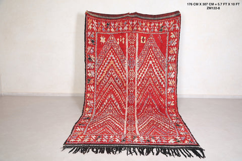 Authentic moroccan rug, 5.7 FT X 10 FT