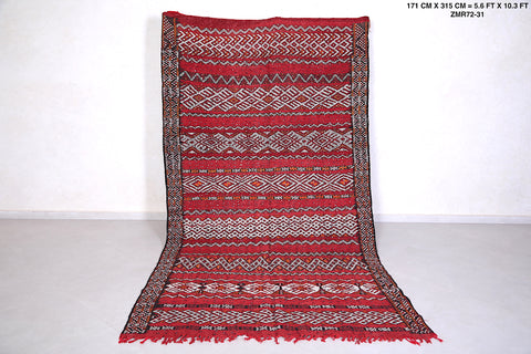 Large Moroccan rug 5.6 FT X 10.3 FT