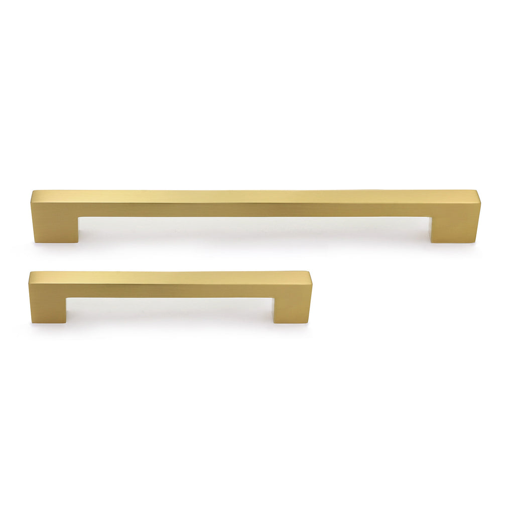 Louis Appliance Pull - Brass