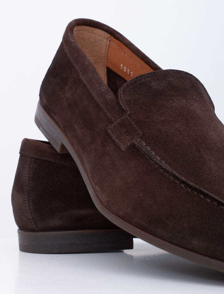 CLASSIC SUEDE LOAFER