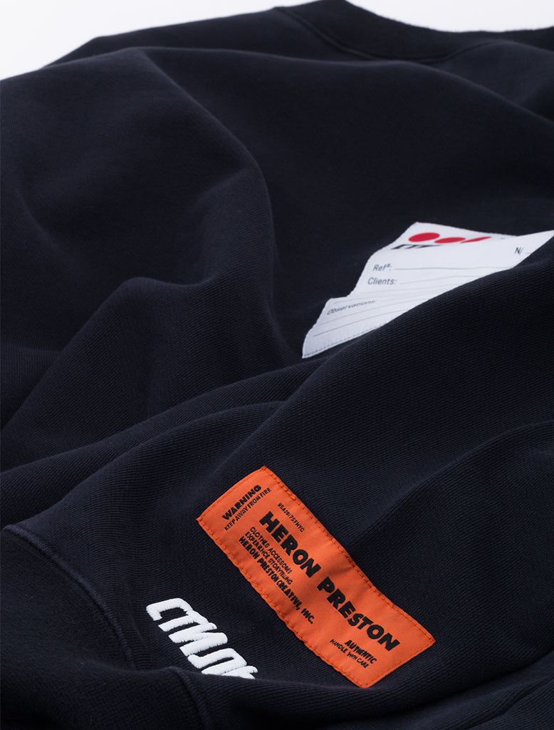 STICKER LABEL CREWNECK SWEAT