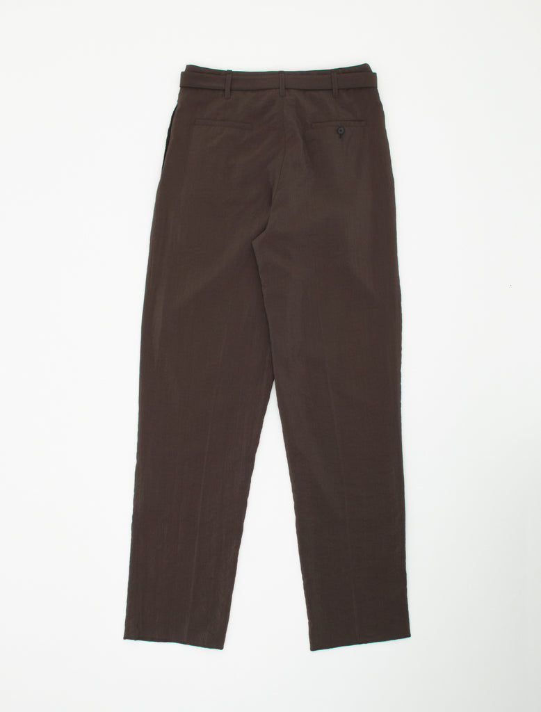 BELTED PLEAT DRY SILK PANTS