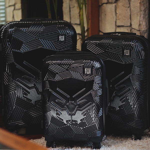 FŪL Marvel Black Panther Icon Molded Hard Sided 3 Piece Luggage Set, 29, 25, and 21in Suitcases