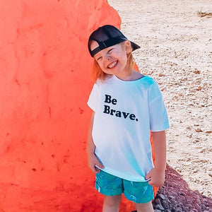 BE BRAVE KID TEE - Anchor & Nest