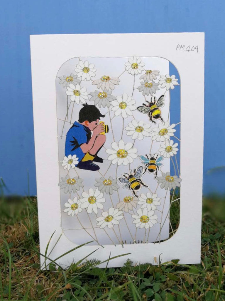 PM409 Boy with bees