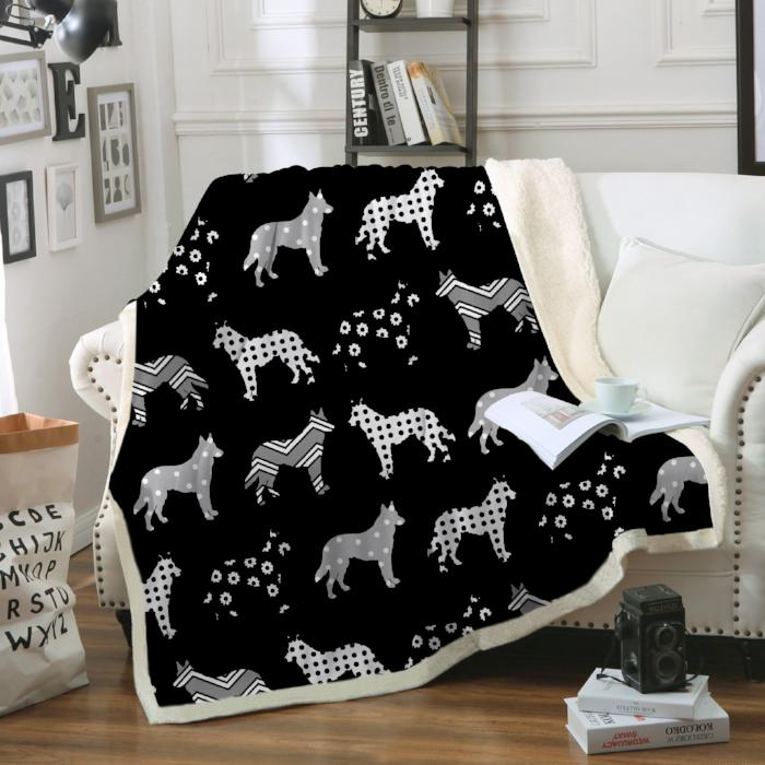 Lolly German Shepherd Black Blanket