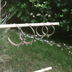Tapered Hoop Medium w/ dots all around
