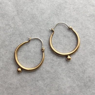 Tapered Hoop Small w/ 1 dot