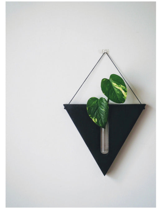 Timber wall hanger - Triangle, Black