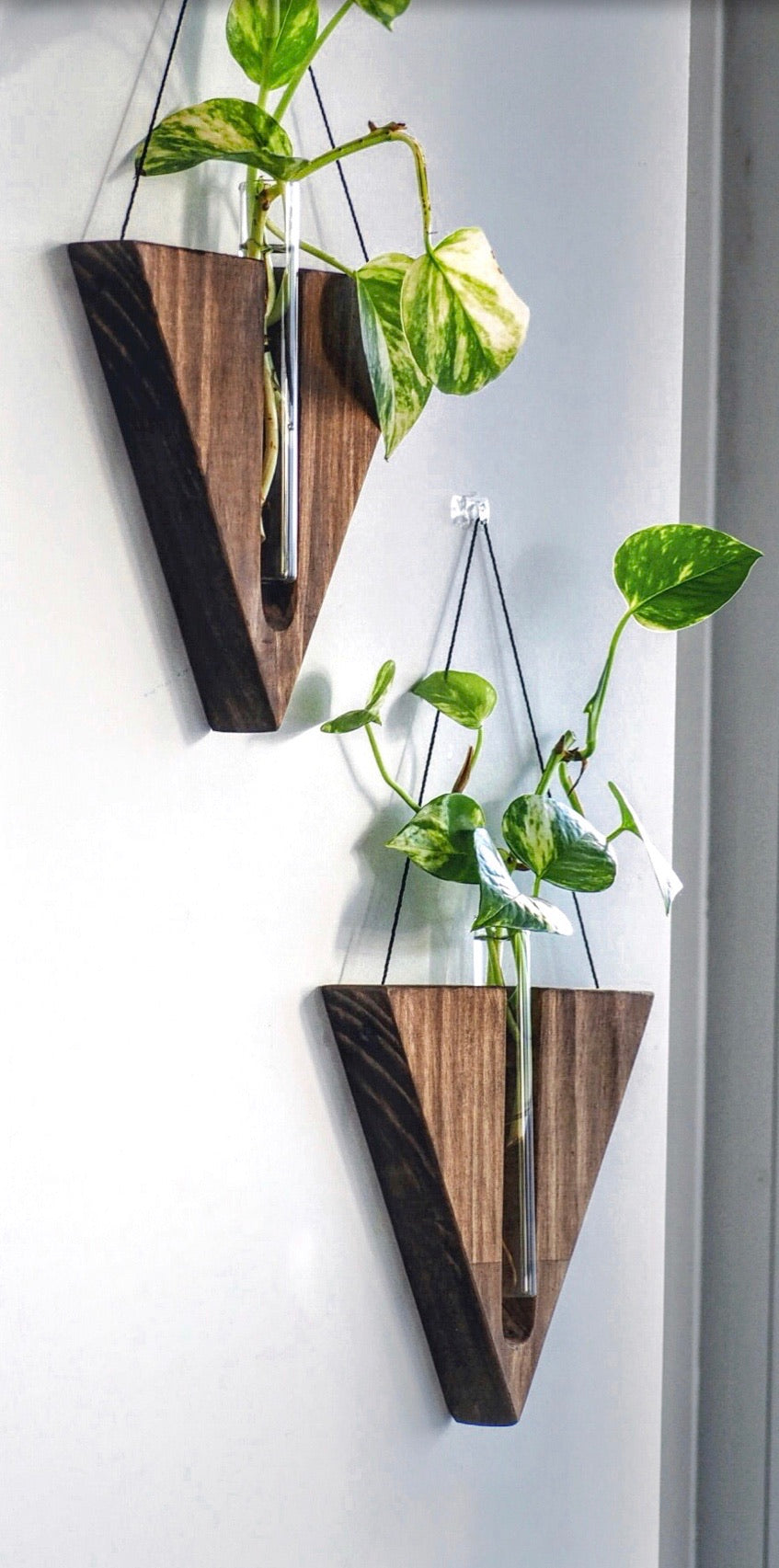 Timber wall hanger - Triangle, Walnut
