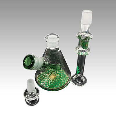 "HIT 10"" 7mm Reversible Glass Water Pipe with Plastic clip"