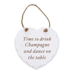 Shabby chic heart - Time to drink champagne and dance on the table